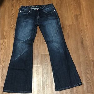 Rock and Republic winger boot cut jeans